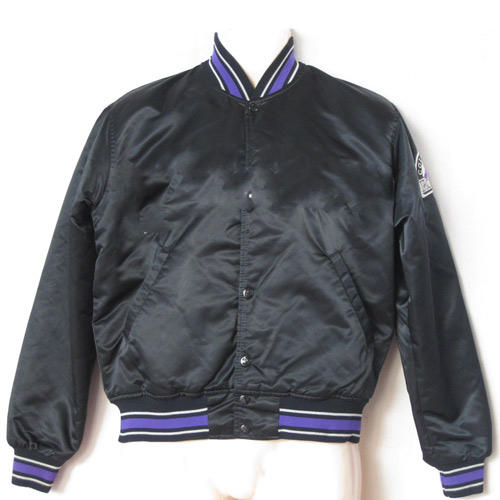 I ♥ 1990s answer: STARTER JACKET