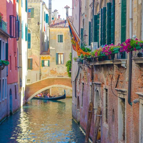 I Love Italy answer: VENEDIG