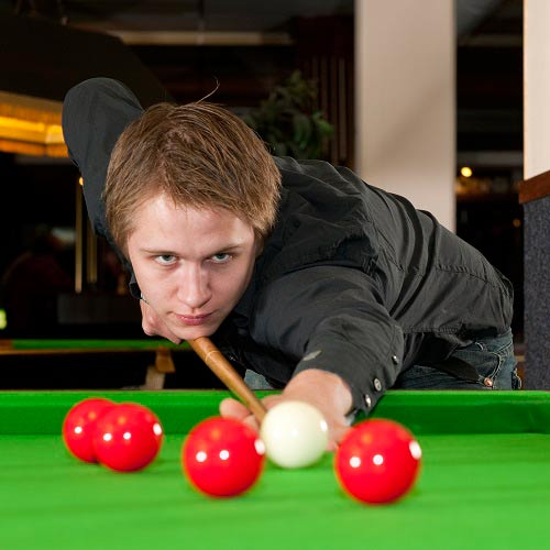 Spiele answer: SNOOKER