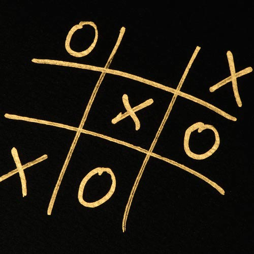 Spiele answer: TIC TAC TOE