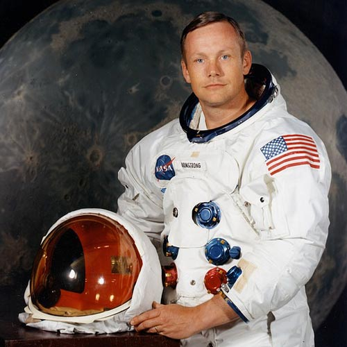 Weltall answer: NEIL ARMSTRONG