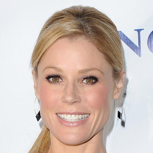 Actresses answer: JULIE BOWEN
