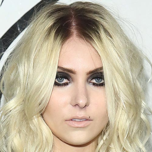 Actresses answer: TAYLOR MOMSEN