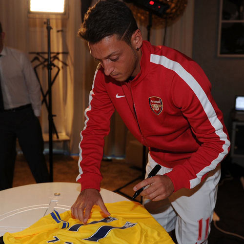 Arsenal FC answer: OZIL