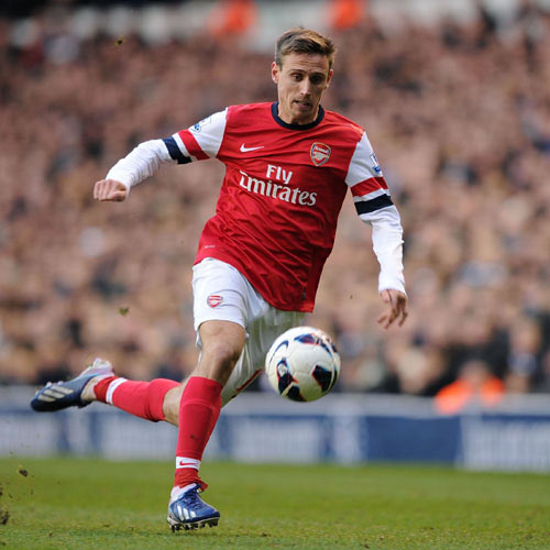 Arsenal FC answer: MONREAL