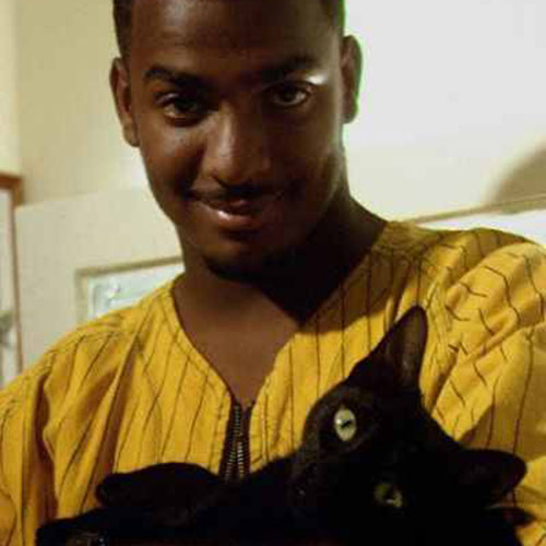 Cat Lovers answer: ALFONSO RIBEIRO