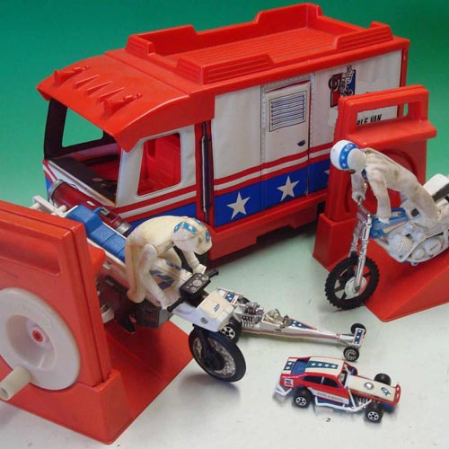 Classic Toys answer: EVEL KNIEVEL
