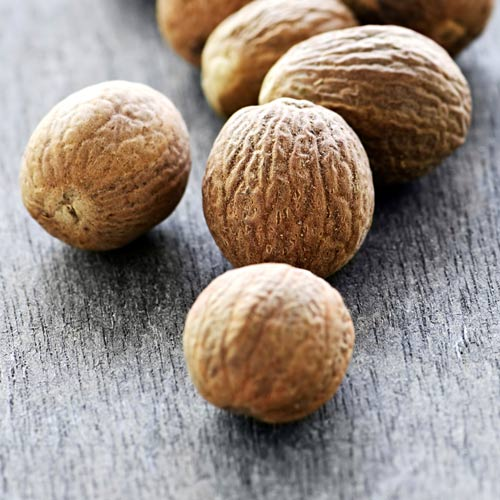 Cooking answer: NUTMEG