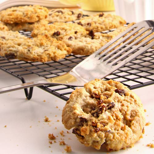 Desserts answer: OATMEAL COOKIE