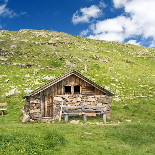 Dwellings answer: MOUNTAIN HUT