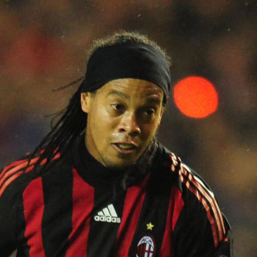 Football Test answer: RONALDINHO