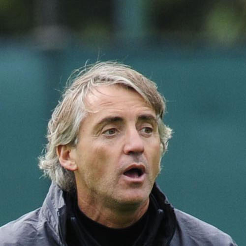 Football Test answer: ROBERTO MANCINI