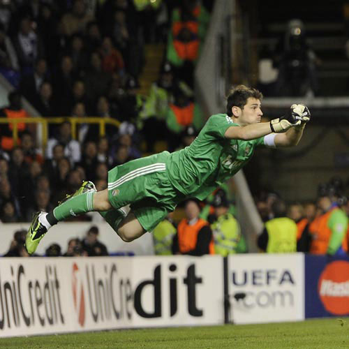 Football Test answer: IKER CASILLAS
