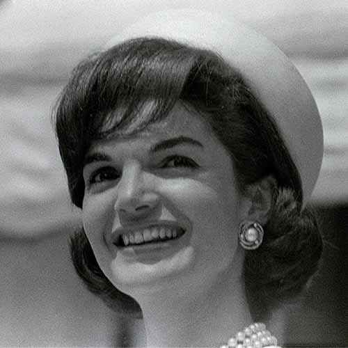 History answer: JACKIE KENNEDY