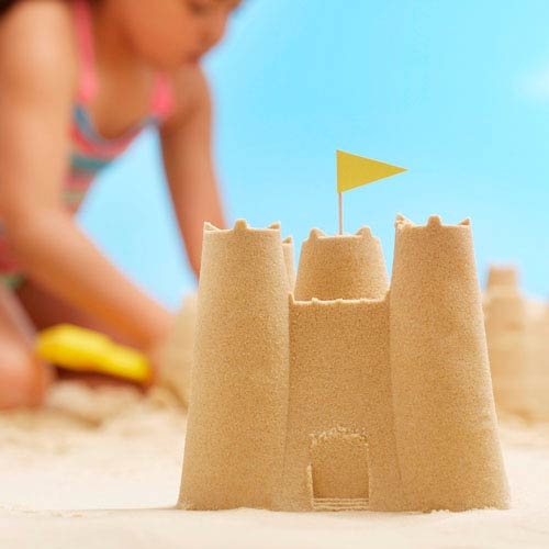 Holidays answer: SANDCASTLE