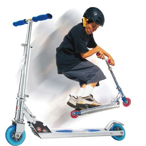 I ♥ 2000s answer: RAZOR SCOOTER