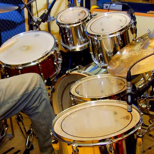 Instruments answer: DRUM KIT