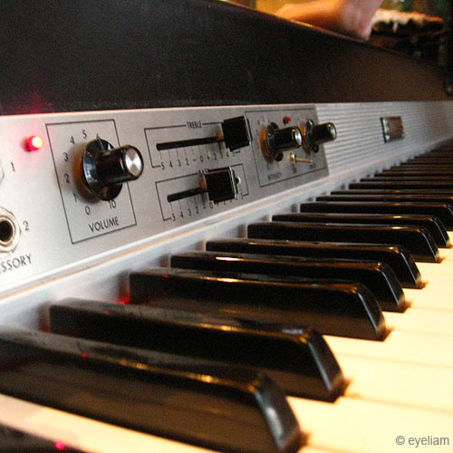 Instruments answer: RHODES PIANO