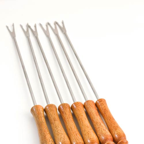 Kitchen Utensils answer: FONDUE FORKS