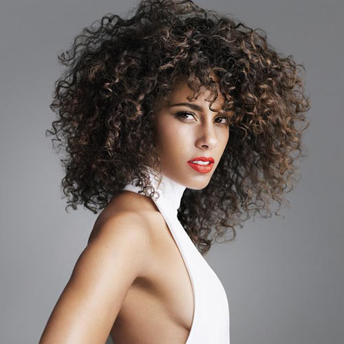 Profile Pics answer: ALICIA KEYS