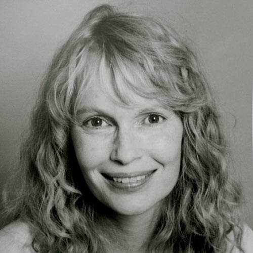 Profile Pics answer: MIA FARROW
