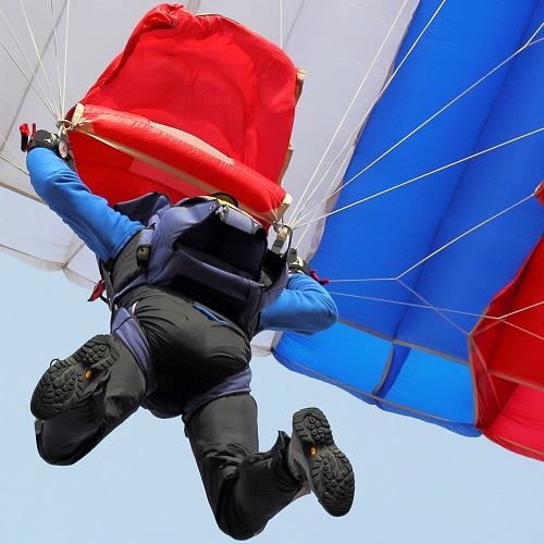 Sports answer: SKYDIVING