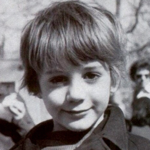 Star Throwbacks answer: ROBERT DOWNEY JR