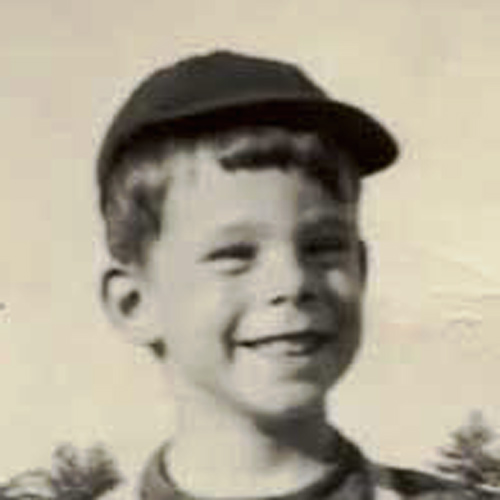 Star Throwbacks answer: STEPHEN KING