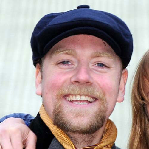 TV Stars answer: RUFUS HOUND