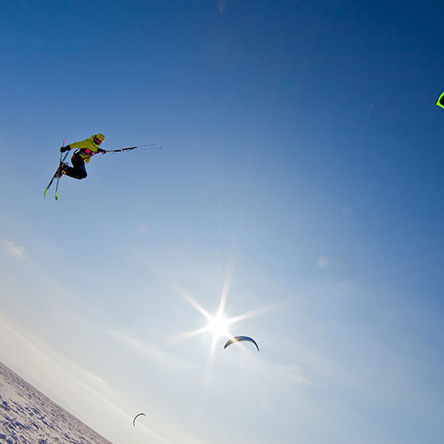 Winter Sports answer: SNOWKITING