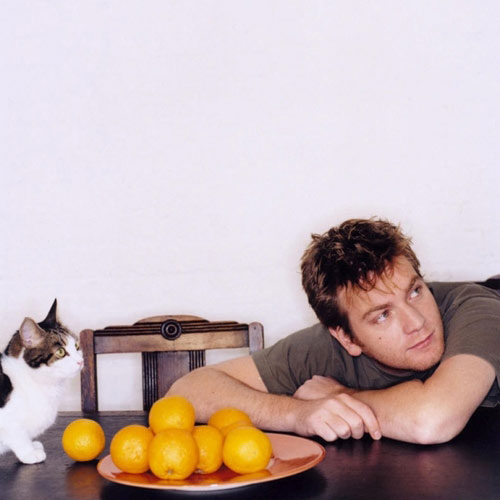 Cat Lovers answer: EWAN MCGREGOR