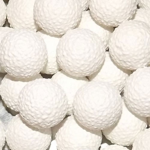 Confiserie answer: GOLF BALLS