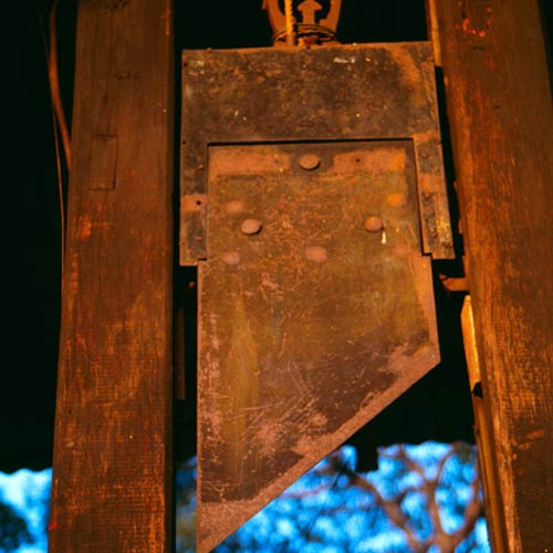 G is for... answer: GUILLOTINE