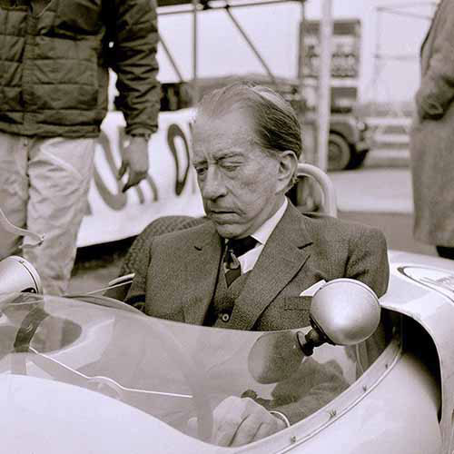 Histoire answer: JEAN PAUL GETTY