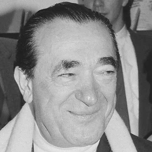 Histoire answer: ROBERT MAXWELL
