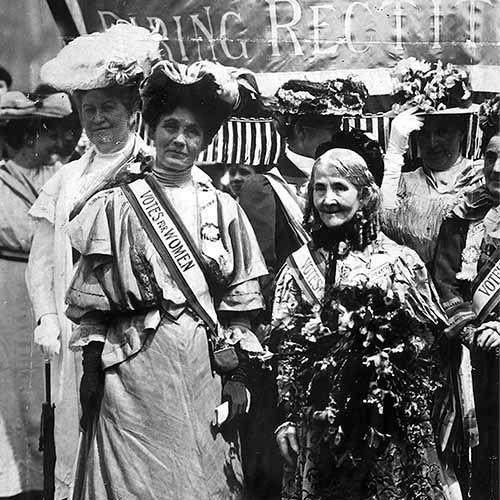 Histoire answer: SUFFRAGETTES