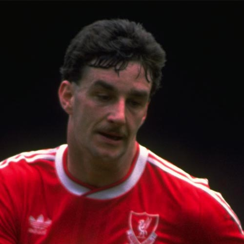 Légendes du LFC answer: JOHN ALDRIDGE