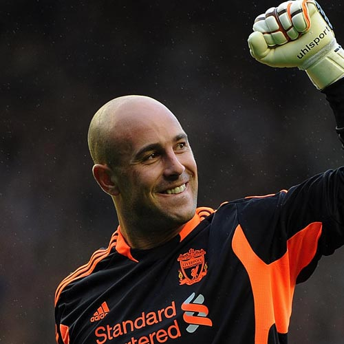 Légendes du LFC answer: PEPE REINA