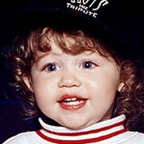 Les stars bébés answer: MILEY CYRUS