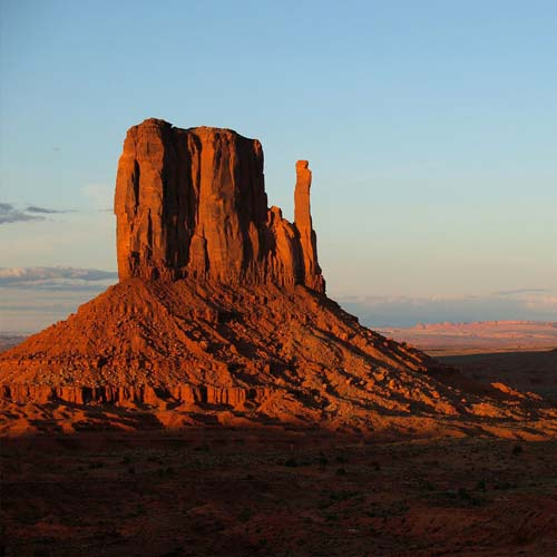 Monuments answer: MONUMENT VALLEY
