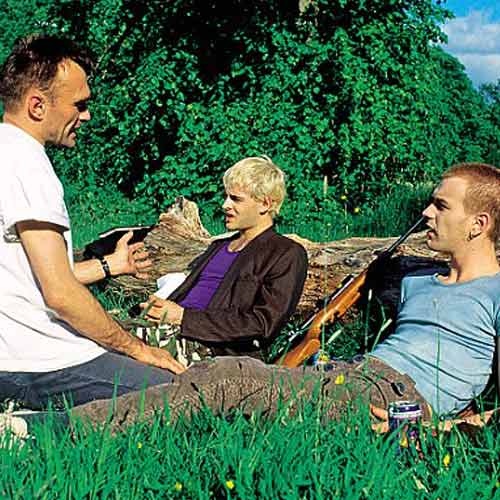 Movie Sets answer: TRAINSPOTTING