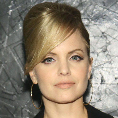 Stars de Ciné answer: MENA SUVARI