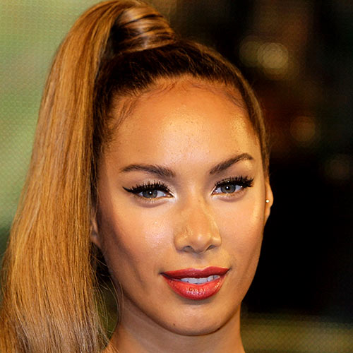 Stars de la Pop answer: LEONA LEWIS